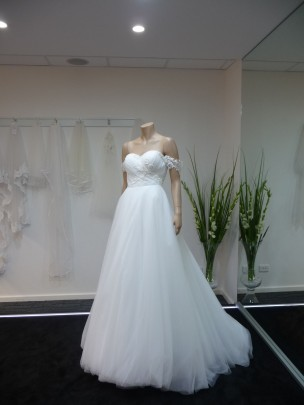 Wedding Dress Aziza