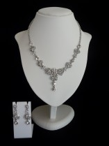 Romantic Diamante Necklace and Drop Earring Set