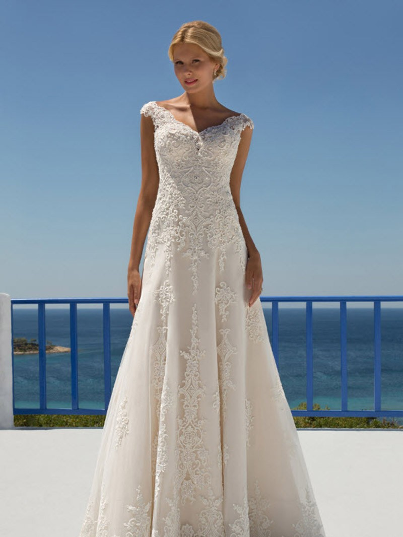 Wedding Dress Leyla
